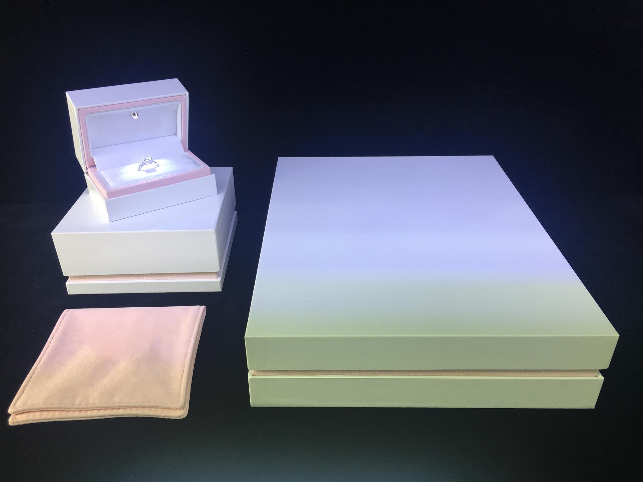 Hot Items-LED Light Jewellery Set Box